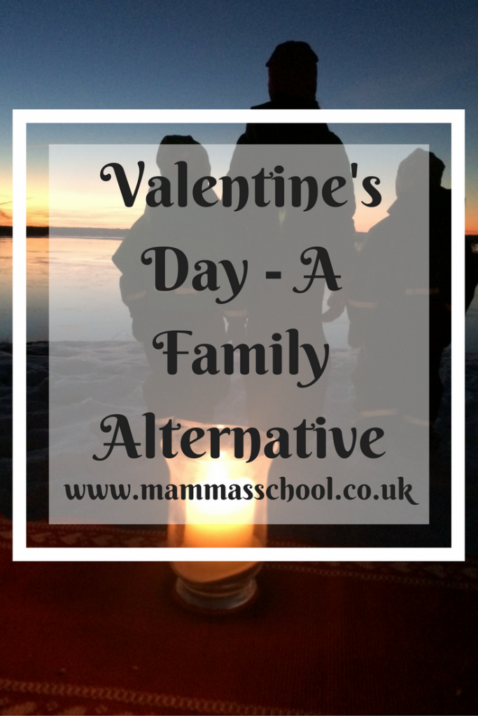 Valentine's Day - A Family Alternative, Family Valentine's Day, Sunset picnic, www.mammasschool.co.uk