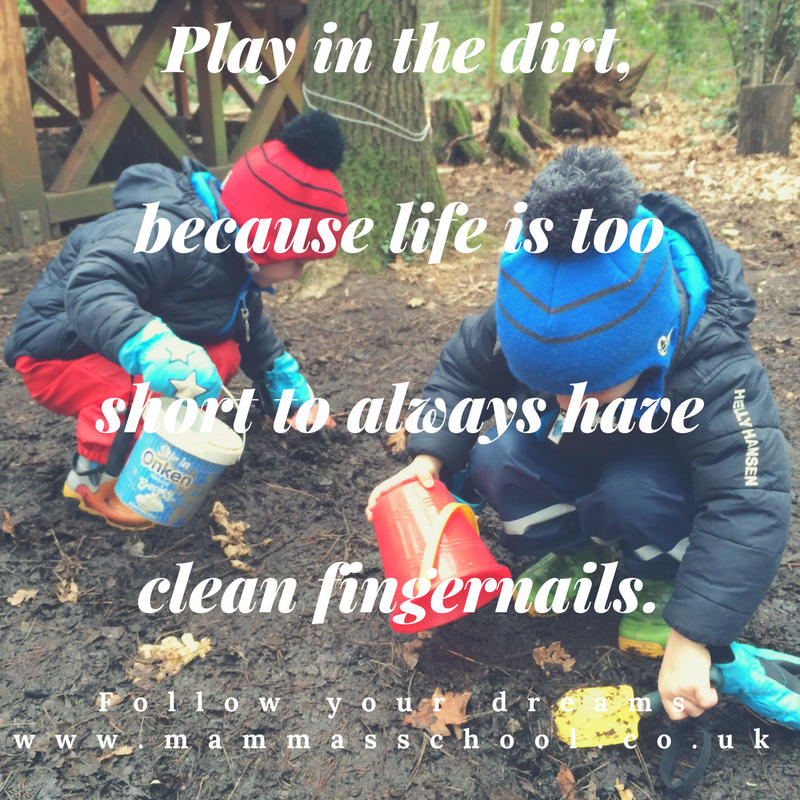 Inspiration Wednesday - Play in the dirt, Dirt, Outdoor play, nature play, mud, dirty, www.mammasschool.co.uk